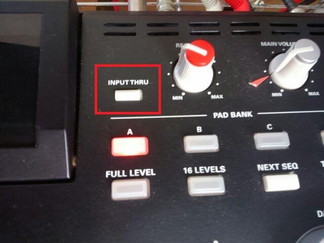 MPC2500-input-thru