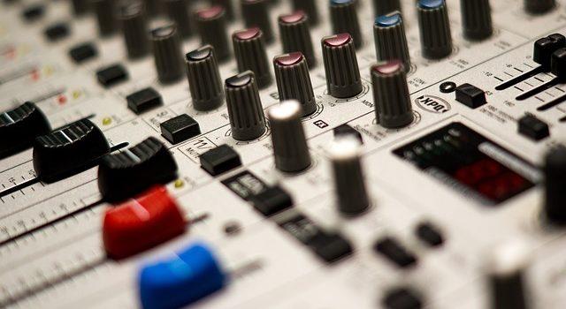 sound-mixer-16