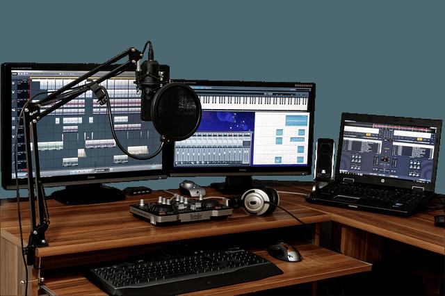 studio-1003635_640