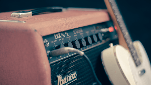 Ibanez_guitar_and_amp